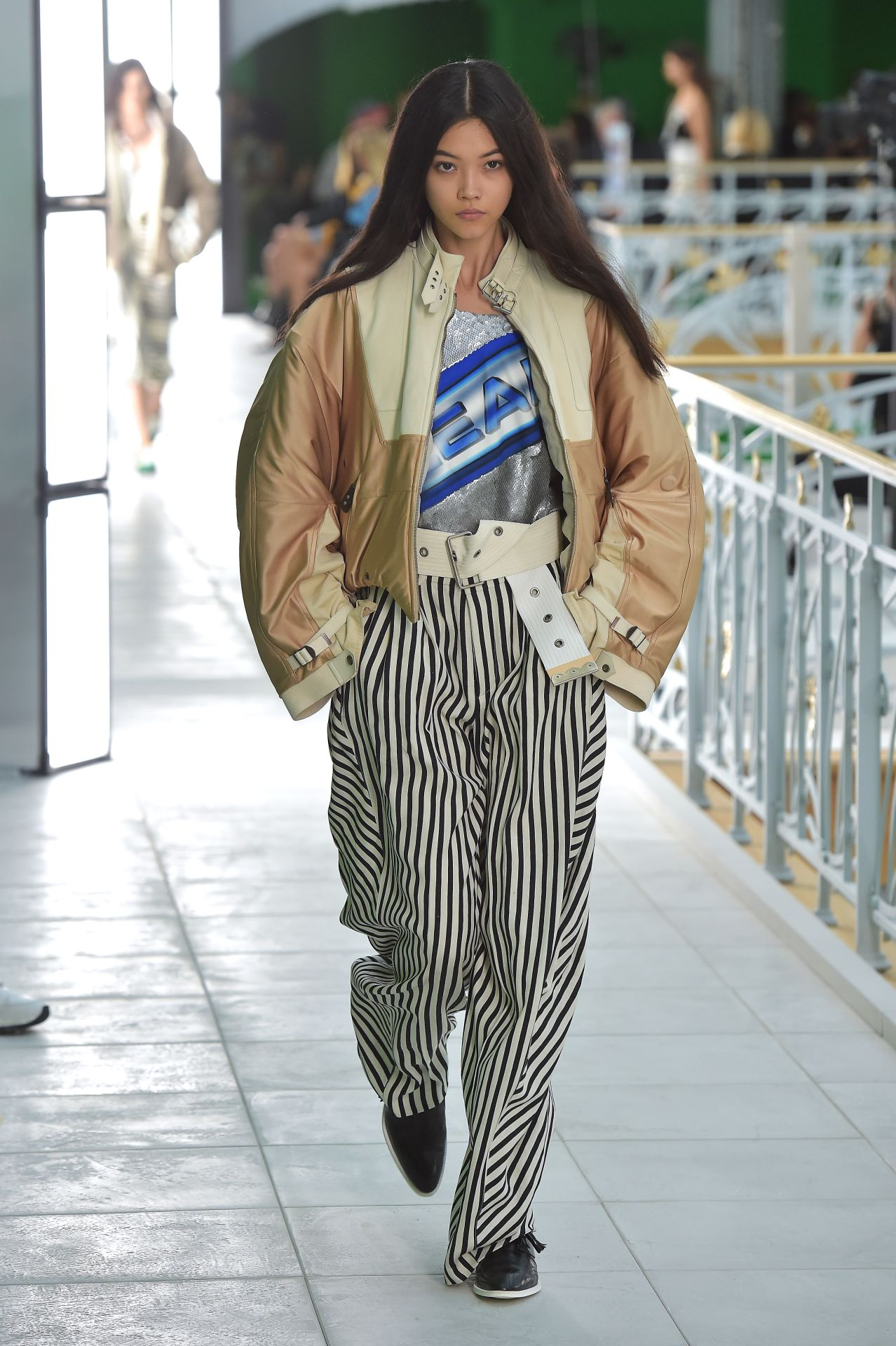 bő szabású nadrág Louis Vuitton