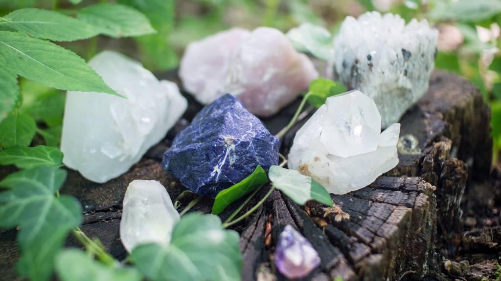 kristályok