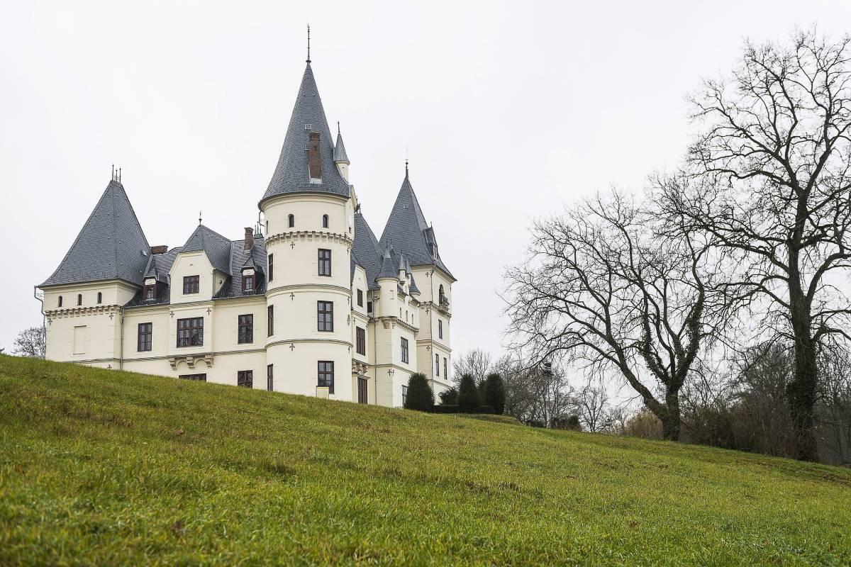 Tiszadobi Andrássy-kastély most