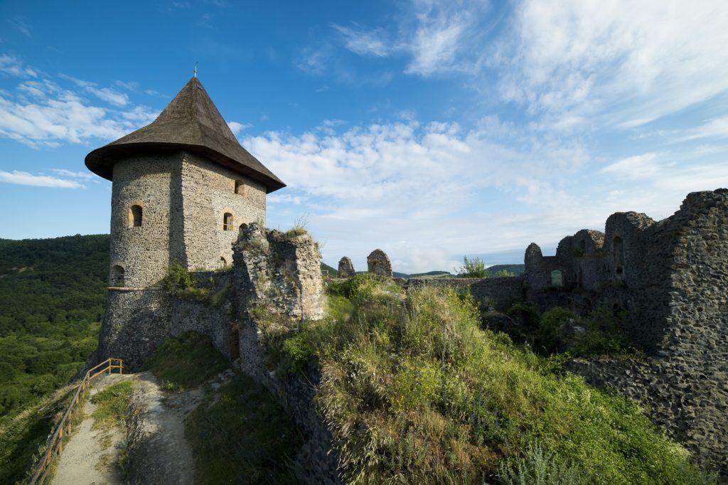 Somoskői vár tornya