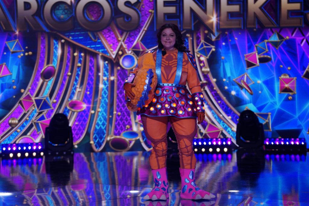 Erdélyi Mónika háromszor állt a színpadra az Álarcos énekes Dinójaként