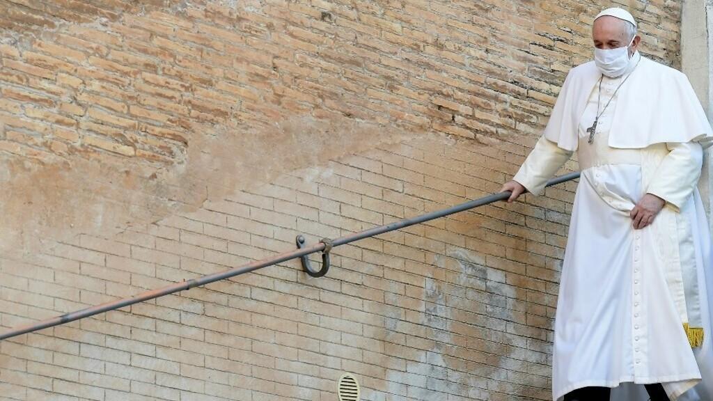 Ferenc pápa kiállt a homoszexuális párok bejegyzett élettársi kapcsolatának joga mellett