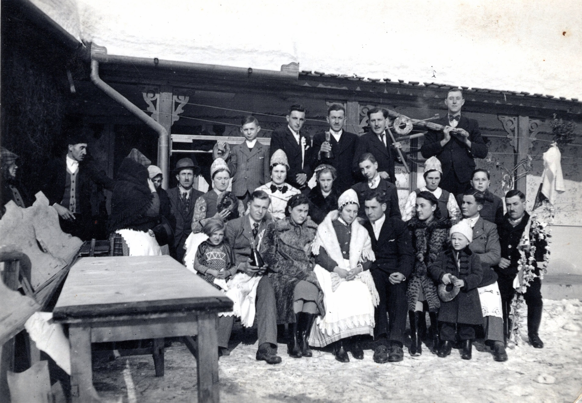 Falusi esküvő a harmincas években (fotó: Fortepan/Vámos Eszter)