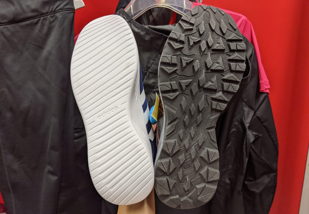Télen egy random tornacipő helyett szerezzünk be megfelelő talpkialakítású futócipőt, hogy elkerüljün a sportsérüléseket.