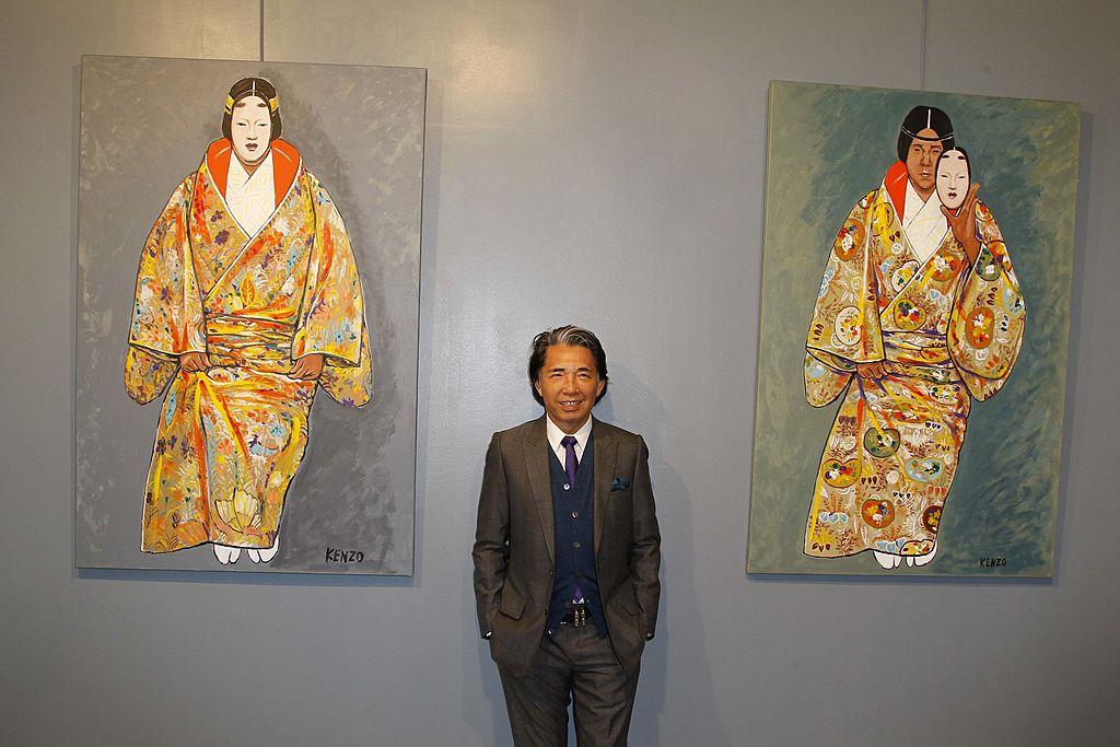 Első párizsi festménykiállításán