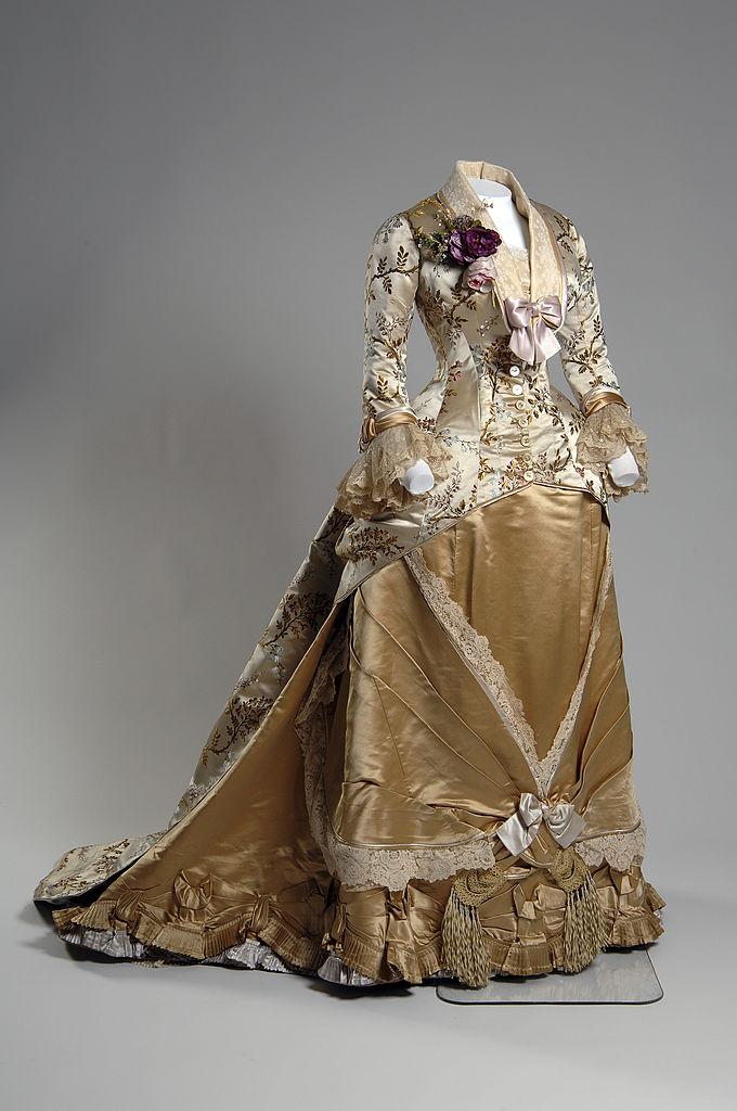 Emile Pignat estélyi ruha