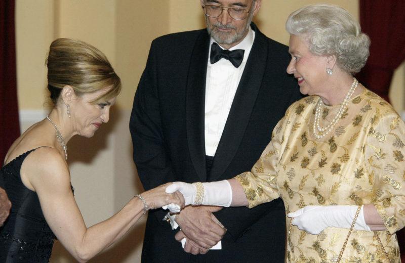 II. Erzsébet és Madonna
