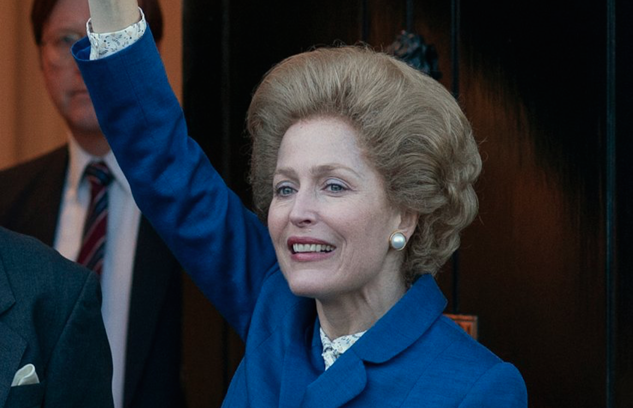 Margaret Thatcherként a Korona című sorozatban (forrás: Netflix)