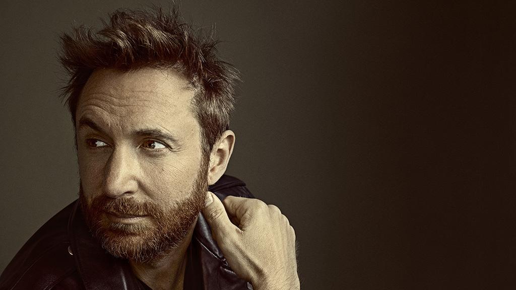David Guetta Palvin Barbival vezeti majd az idei MTV EMA gálát