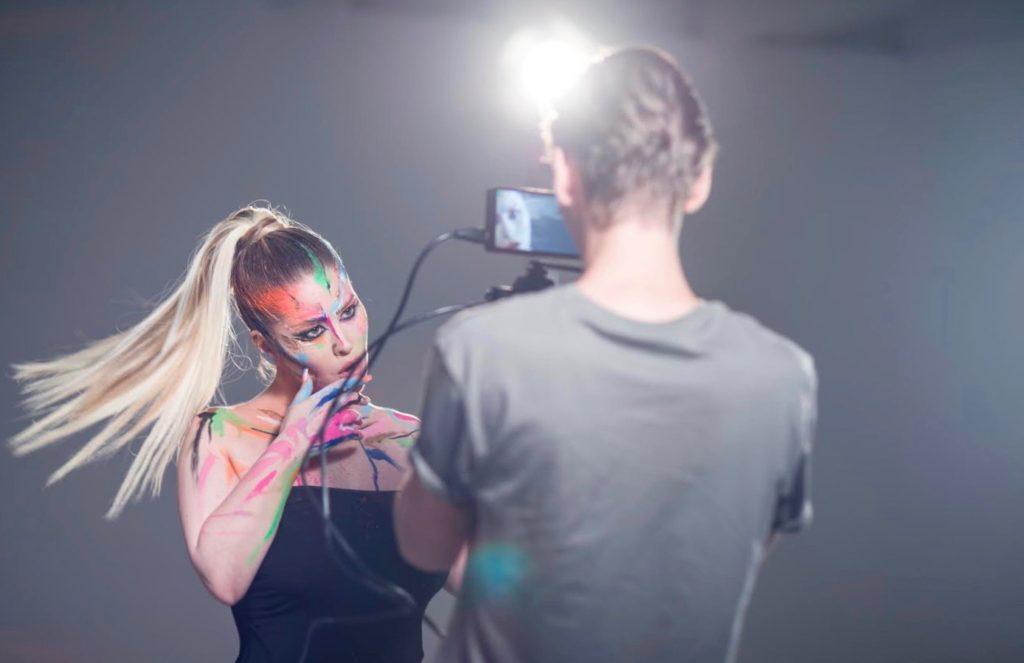 Király Linda új klipje