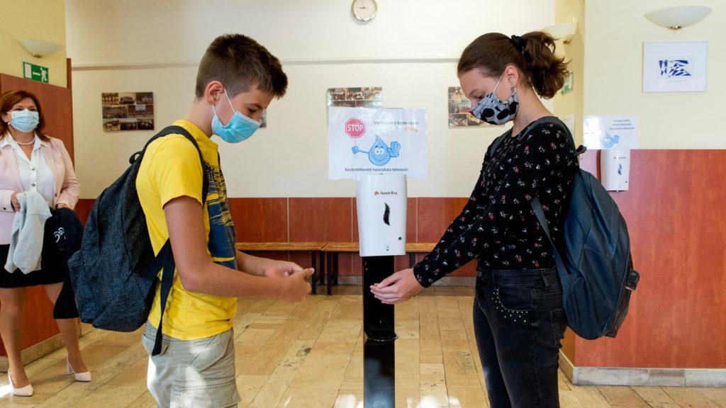 Ne hagyjuk elharapózni a járványzaklatást!