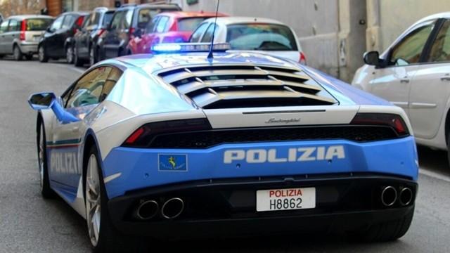 Vesét szállított az olasz rendőrség Lamborghinije.