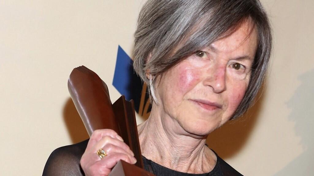 Louise Glück amerikai költő kapja az irodalmi Nobel-díjat