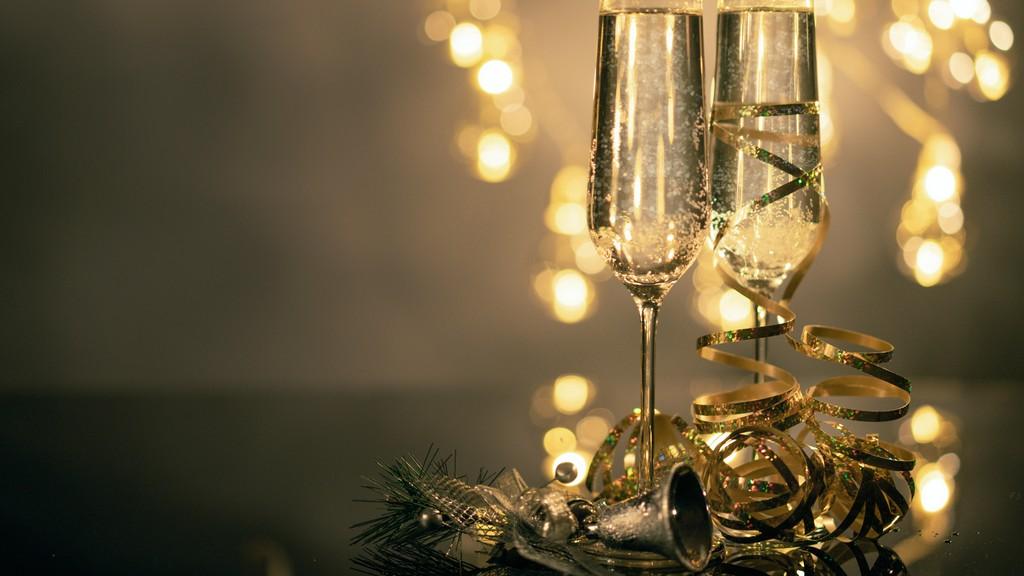 Pezsgős pohár nélkül nincs ünnep