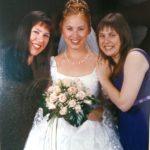 Polgár Judit a nővéreivel az esküvőjén