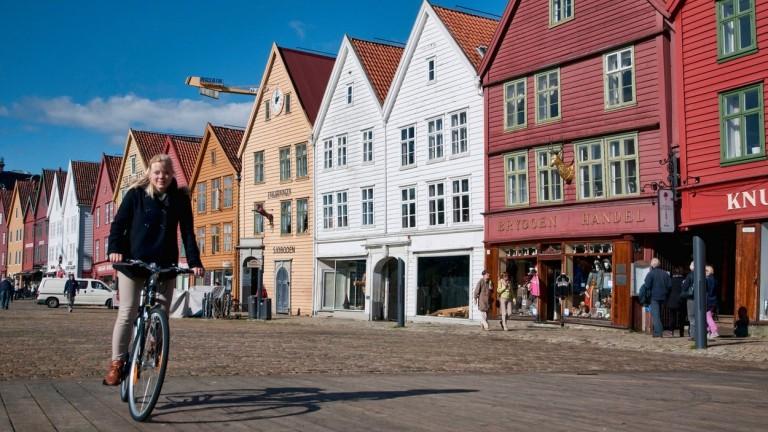 Ha csak tehetik, a norvég emberek bringával járnak (fotó: profimedia.hu)