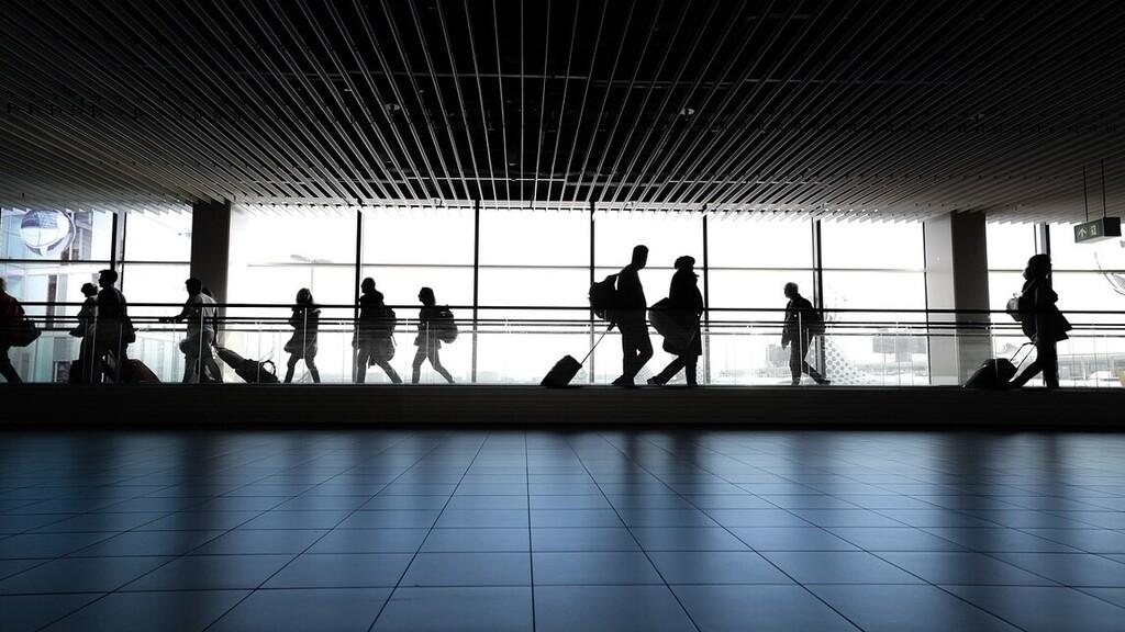 Invazív genitális vizsgálatot végeztek 10 járat női utasain a dohai reptéren egy elhagyott csecsemő miatt