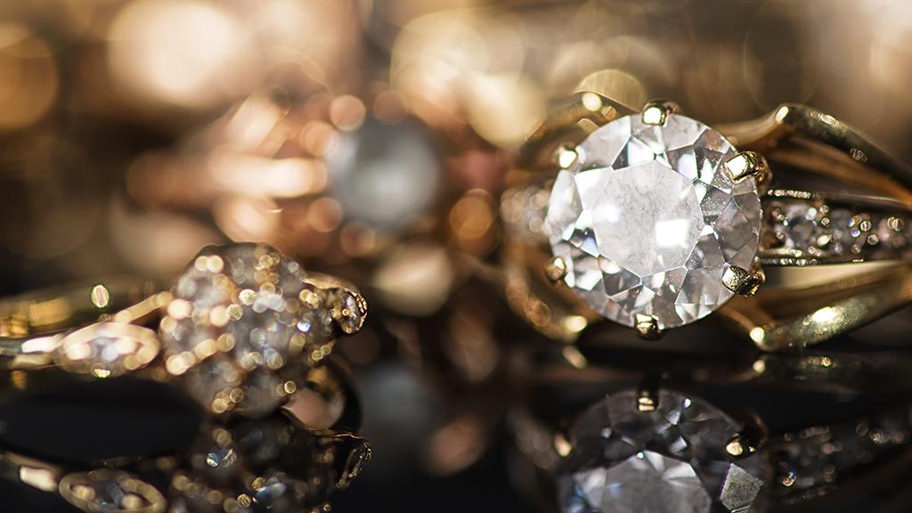 Jól pörög az arany és a gyémánt a járvány alatt