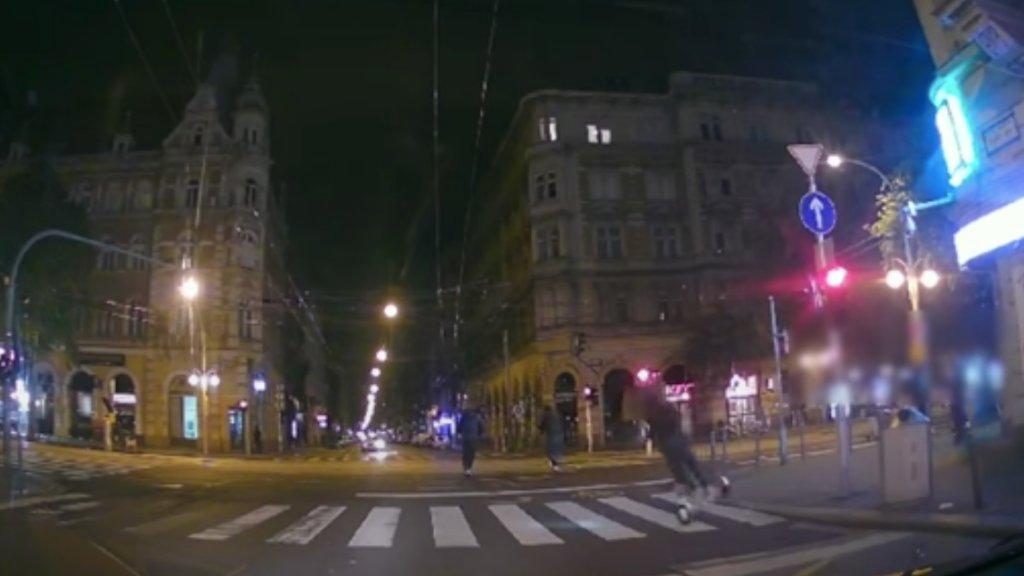 Rolleres baleset Budapesten