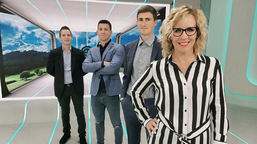 Simon Gergő, Allaga Tamás és Vaszkó András az RTL Klub új meteorológusai Pataki Zita társaságában