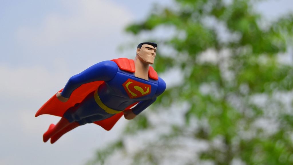 Akkora volt a koraszülött, mint egy Superman akciófigura.