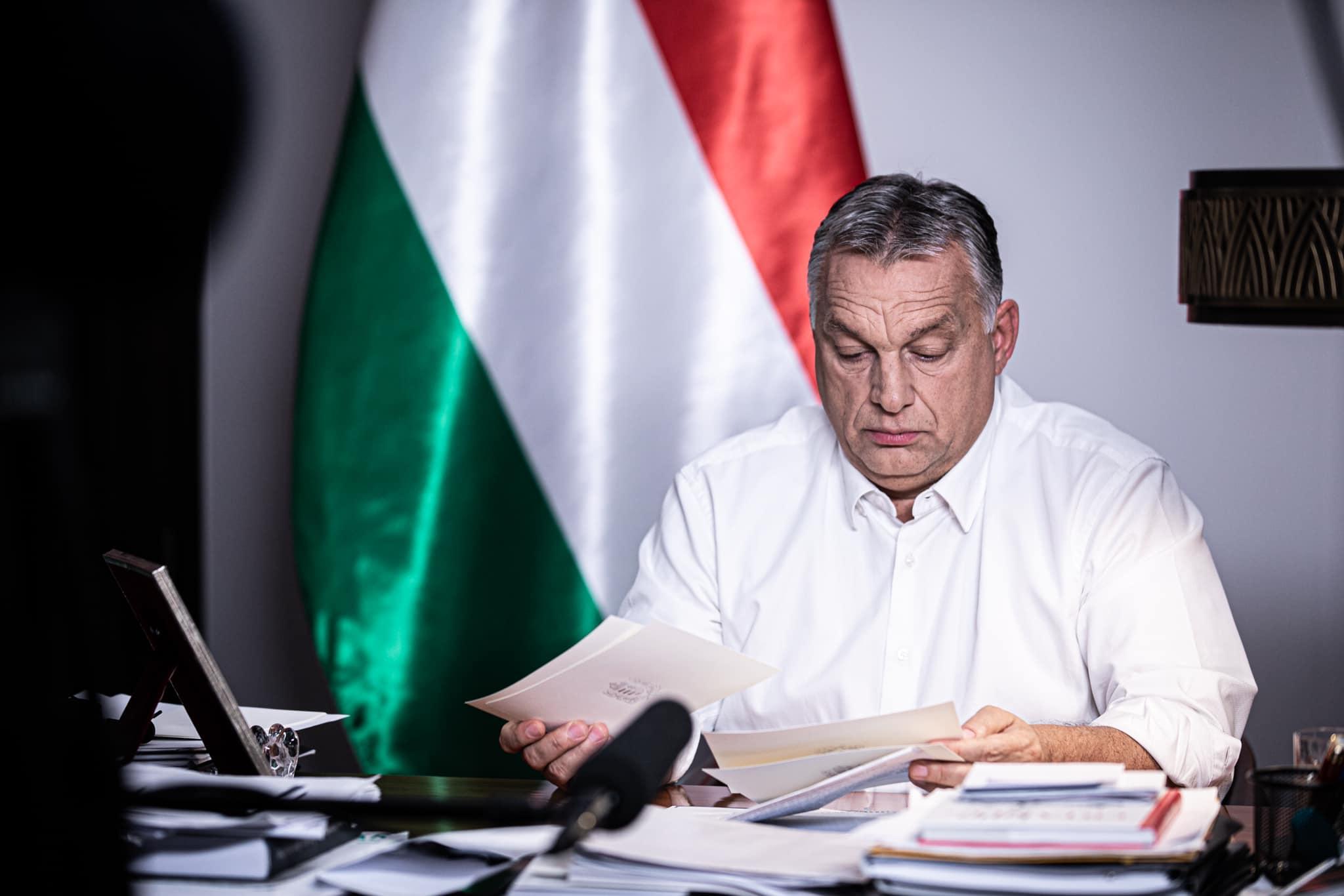 Orbán Viktor szigorításokat jelent be (fotó: Orbán Viktor FB-oldala)