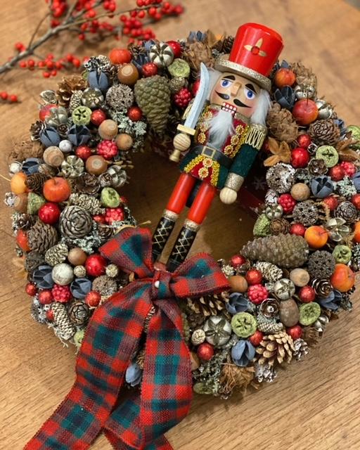 Karácsonyi ajtódísz piros