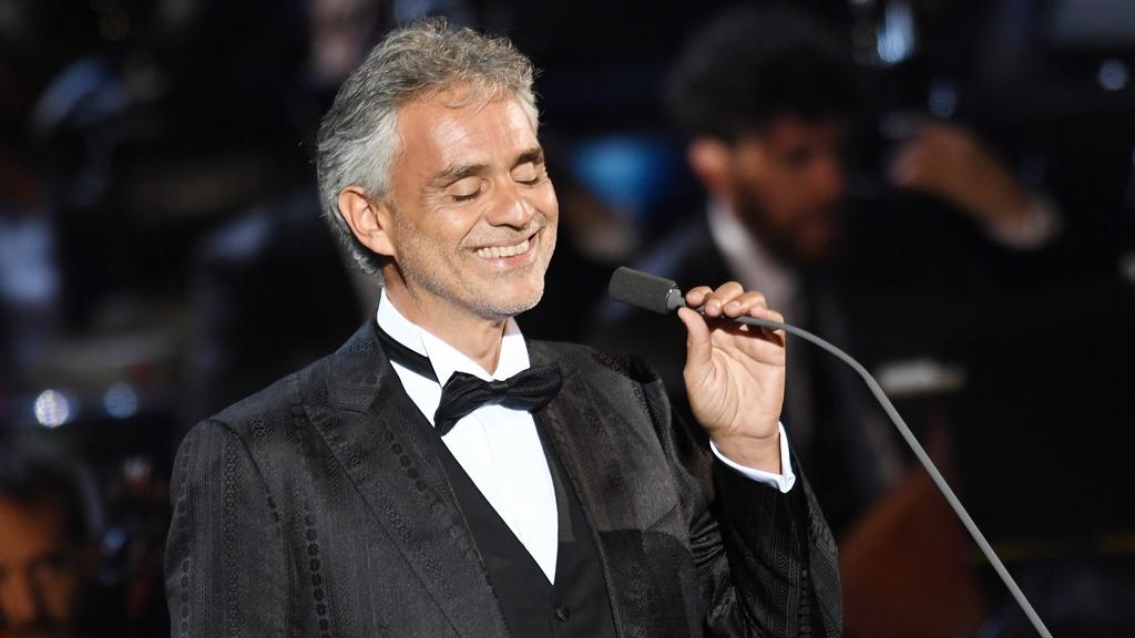 Online karácsonyi koncertet ad Andrea Bocelli