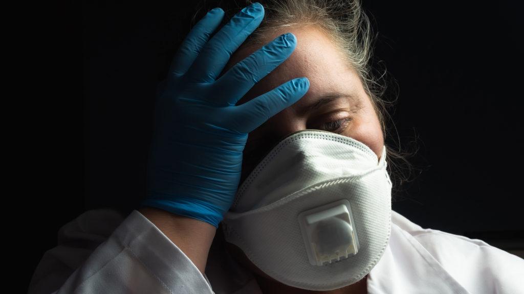 Több mint 5000 új koronavírus-fertőzött egy nap alatt