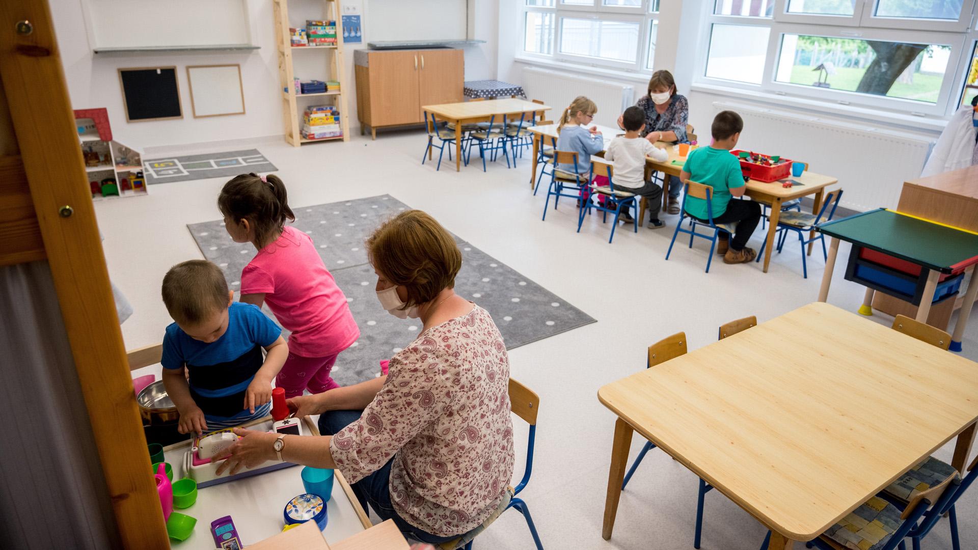 Vigyük oviba, iskolába a gyereket vagy ne?
