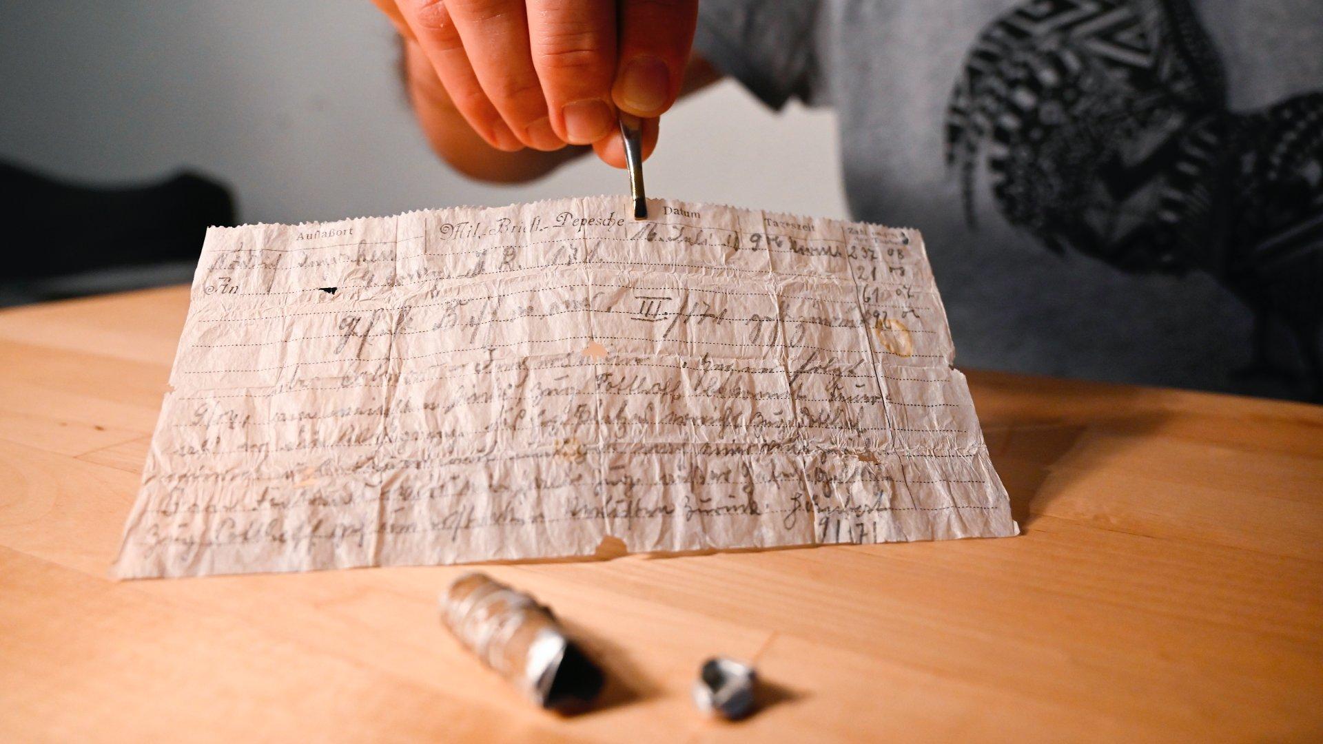 100 éves galambpostát találtak