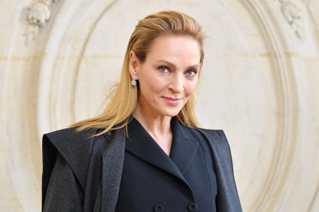 Uma Thurman a Dior a 2020-as tavaszi/nyári haute couture kollekciójának bemutatóján.