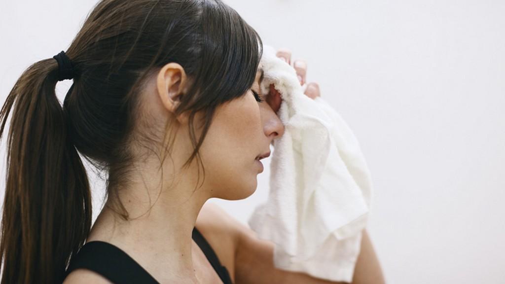 Az erős arcizzadás ellen otthoni gyógymódok is léteznek