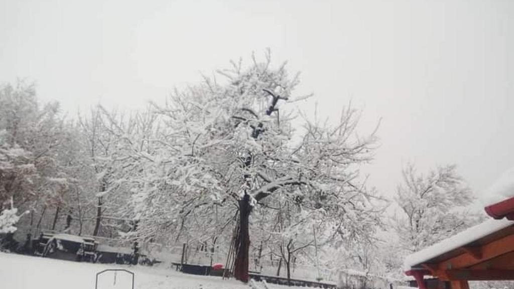 leesett az első hó Miskolcon