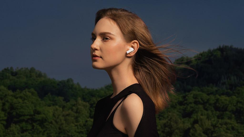 A Huawei Freebud Pro fülhallgató a vezeték nélküli fülesek csúcsa