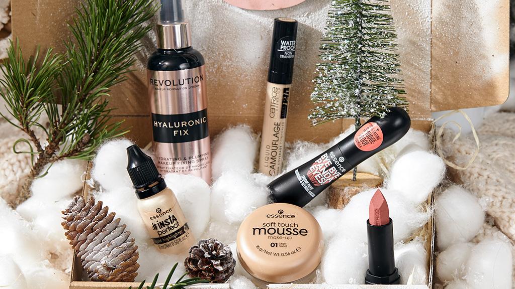 Lovebrands Filled With Joy and Makeup Karácsonyi Box
