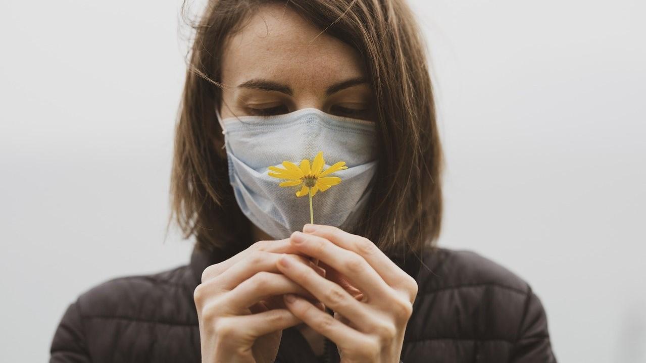 Miért nem érez ízeket és szagokat a koronavírusos beteg?