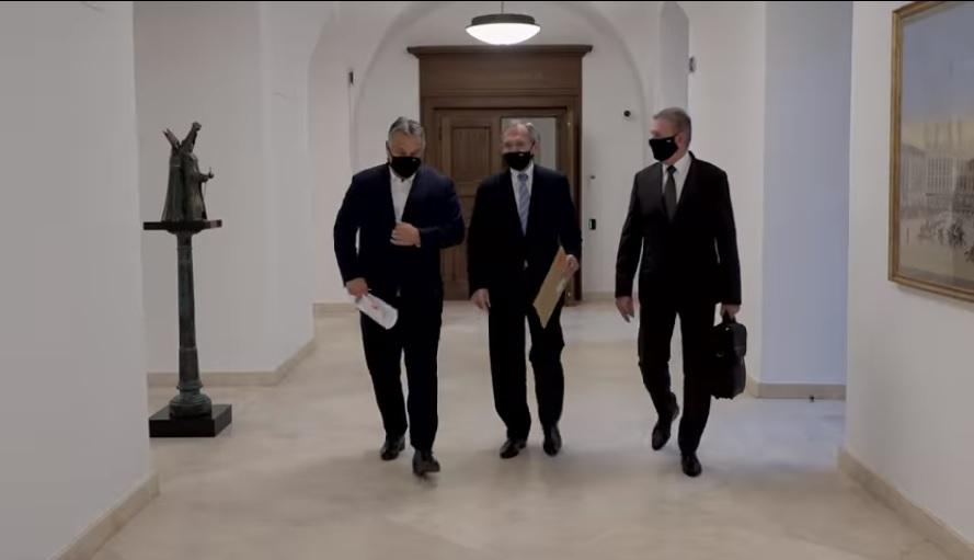 A hadsereget is beveti Orbán Viktor a kijárási korlátozás betartására
