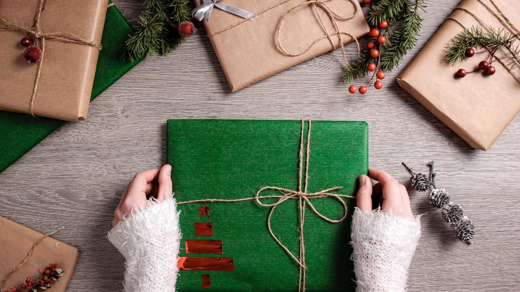 KAaácsonyi ajándékcsomagolási tippek