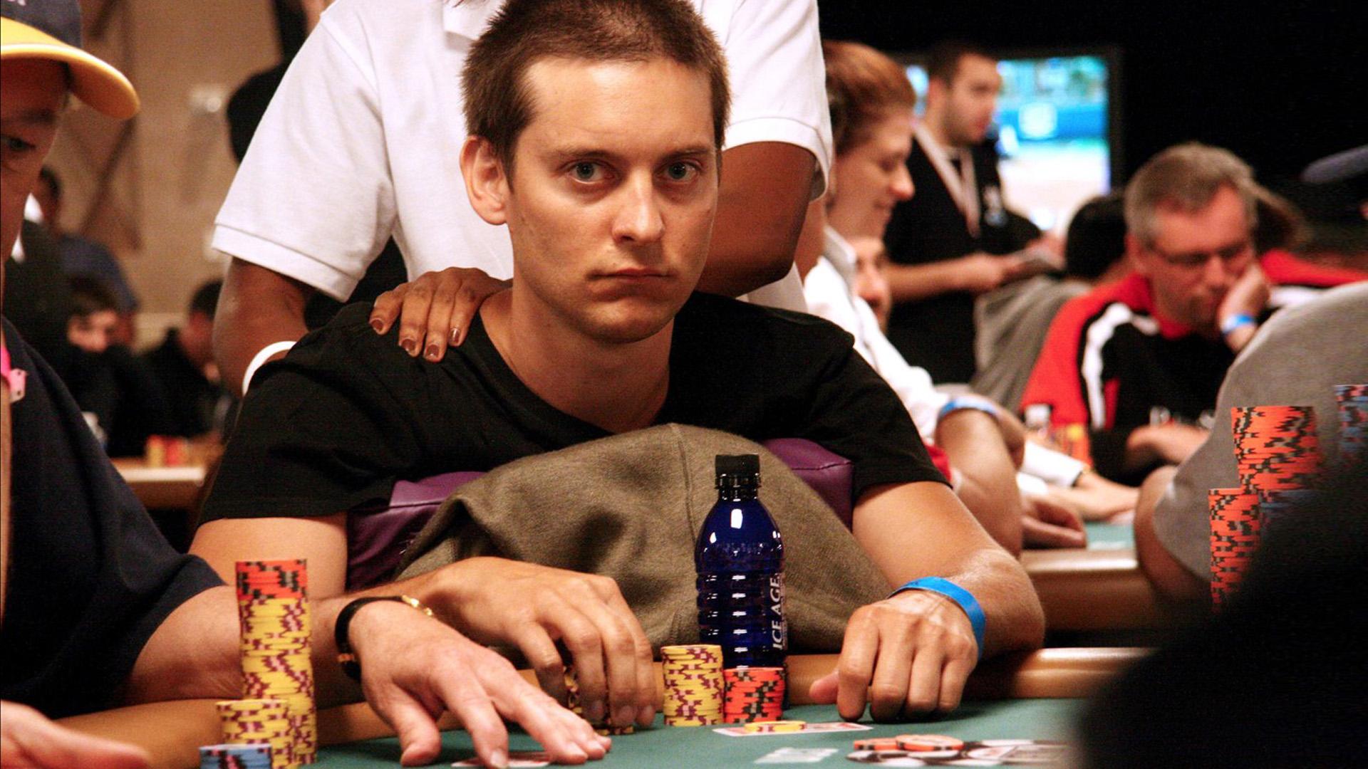 Tobey Maguire, itt épp egy legális póker versenyen