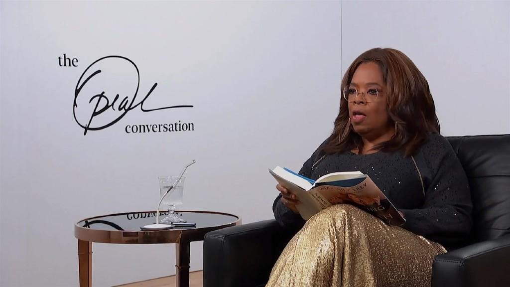 Oprah Winfrey interjút készít (fotó: Profimédia)