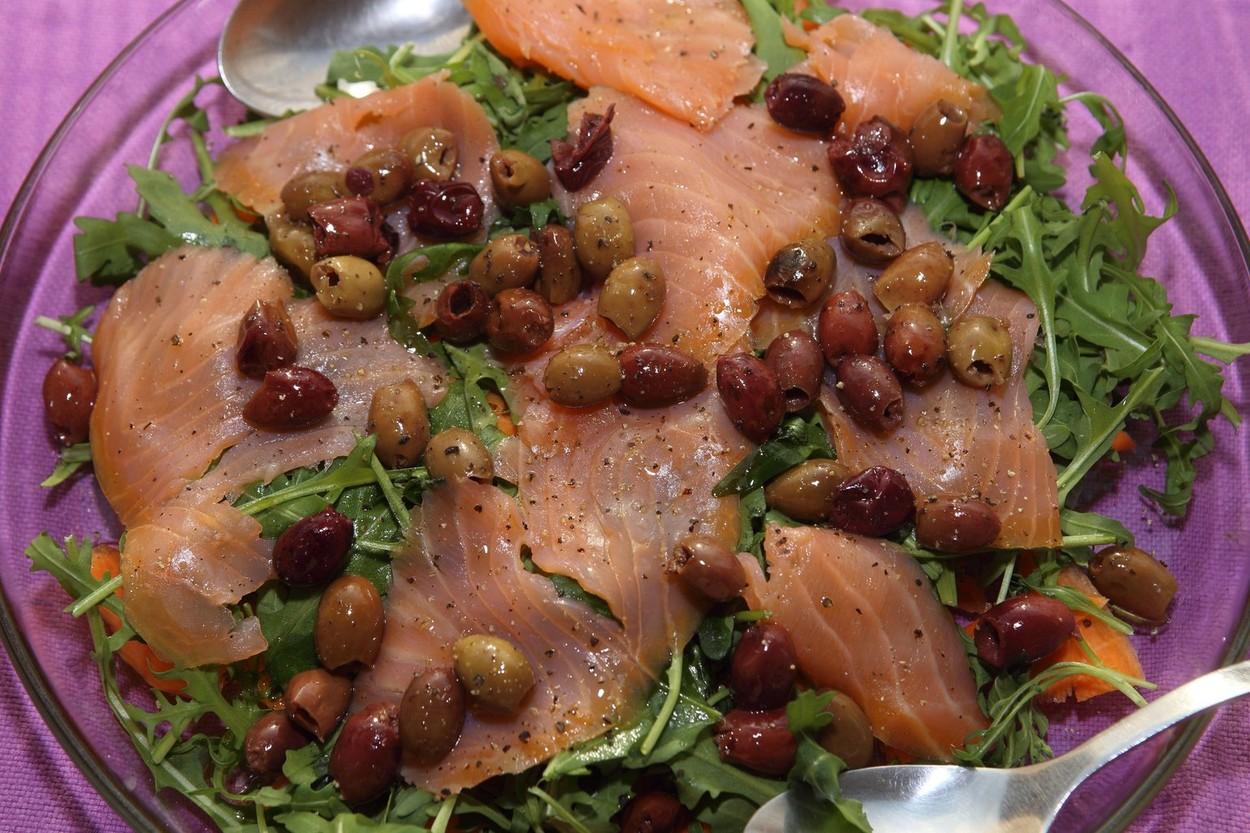 Saláta és citrusfélék - tökéletes párosítás. (Fotó: Profimedia)
