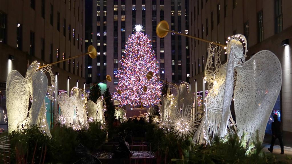felállították New Yorkban a karácsonyfát