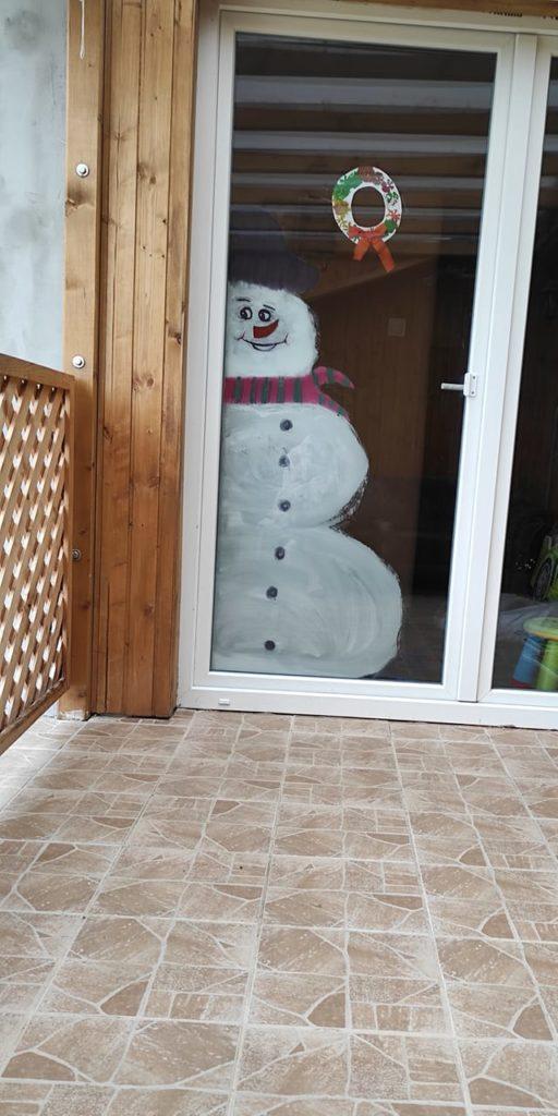 vicces hóember ablakdísz
