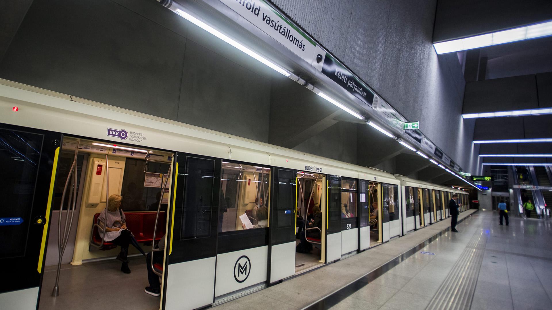 A 4-es metró szerelvénye