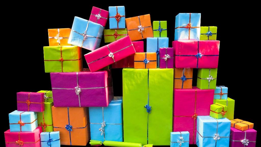 Sok ajándék, rengeteg szemét (fotó: Pixabay)