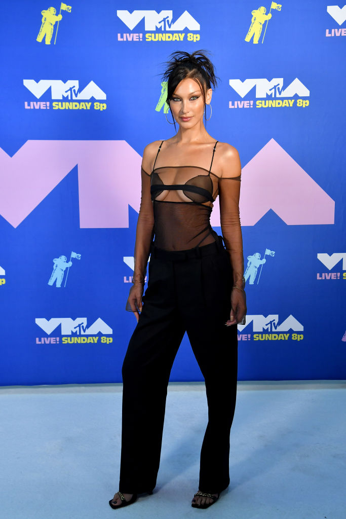 Bella Hadid az MTV VMA-n