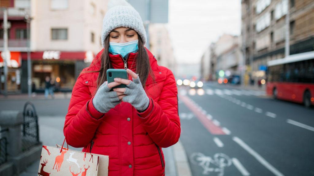 Hová vezet az okostelefonunk bálványozása?