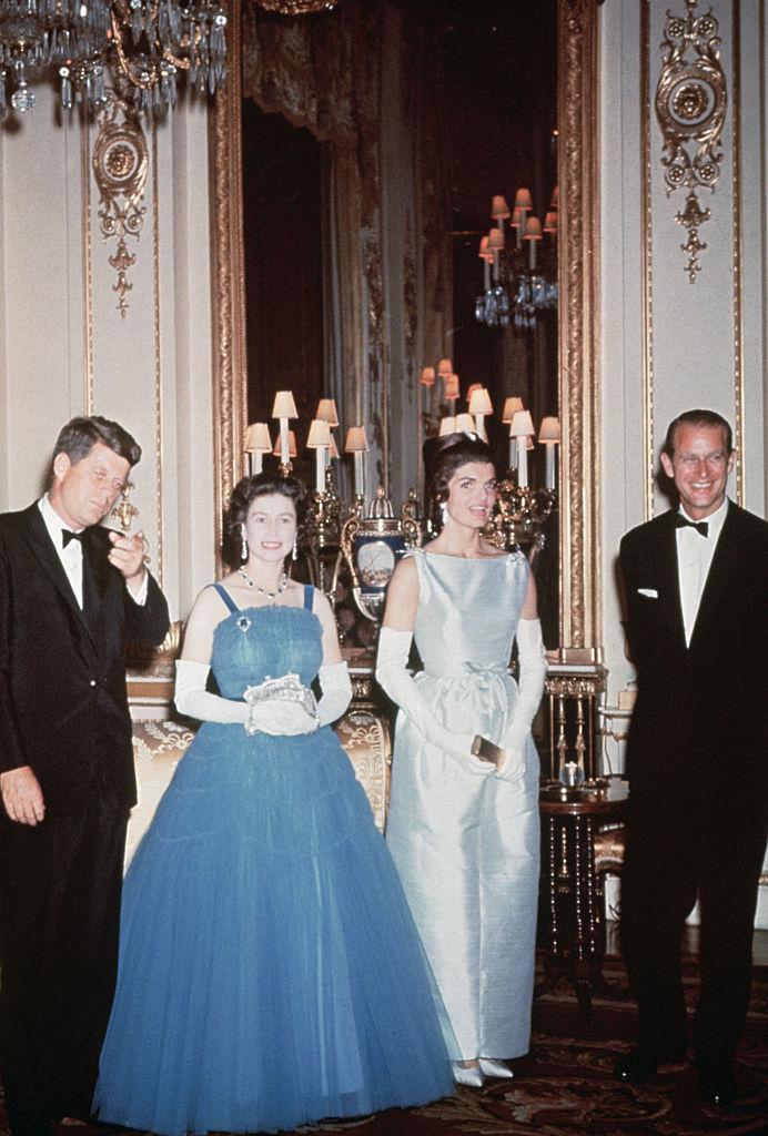 II. Erzsébet és Fülöp herceg a Kennedy-házaspárral