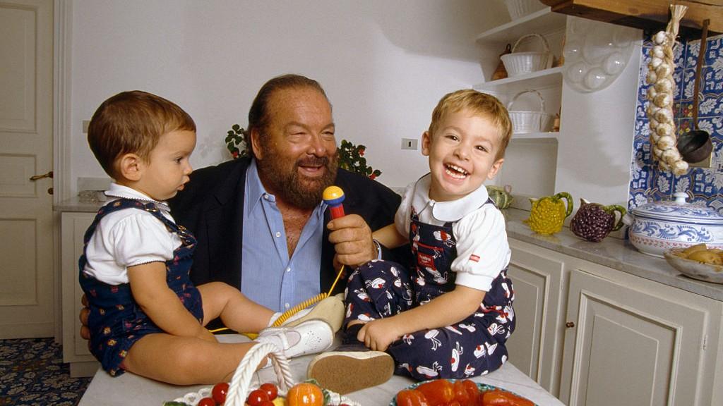 Bud Spencer két fiával az otthonában